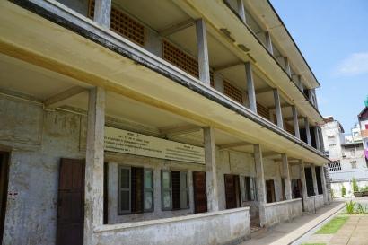 The prison building
